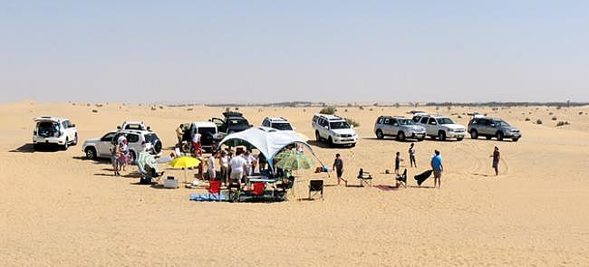 Belgische BBQ in de Dubai woestijn