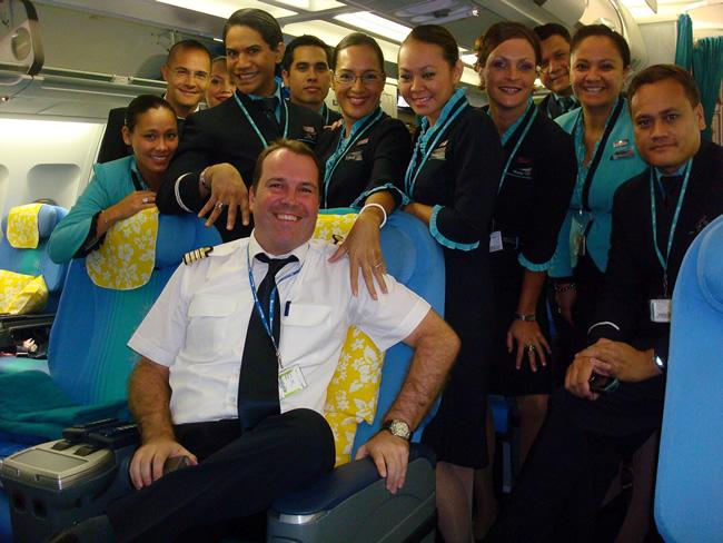 Air Tahiti Nui crew