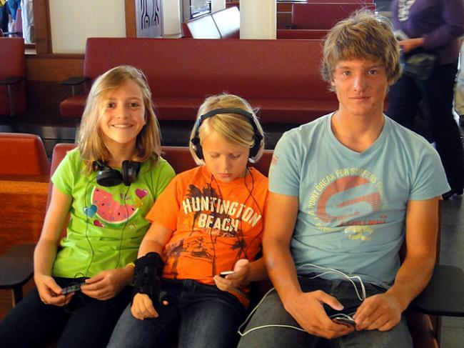 Sara, Roos en buurjongen Mathis