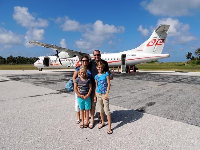 Aankomst in Tikehau met ATR van Air Tahiti (VT)