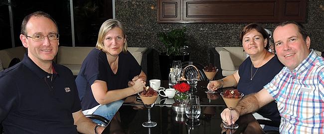 Geert, Ilse, Kristel en Jan in Café Belge (DIFC), Dubai