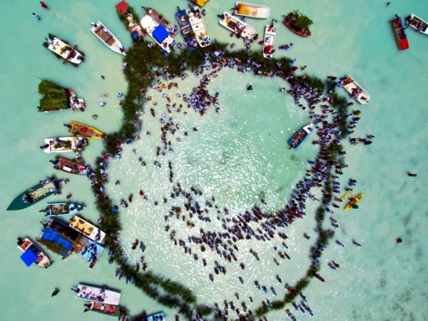 Pêche au caillou à Maupiti