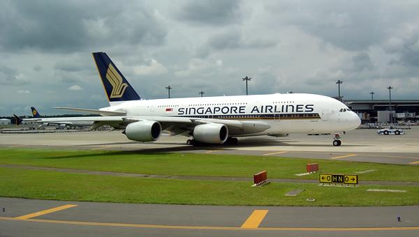 Airbus A380 in Narita (NRT-RJAA)
