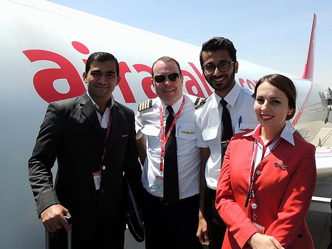 Piloot het expat leven van de ottenbourg familie - Air arabia sharjah office ...