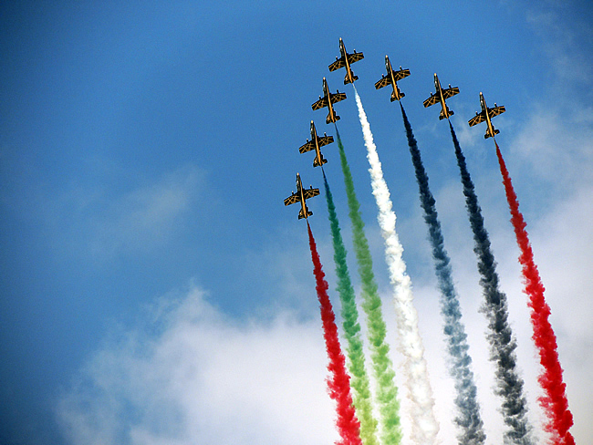 Al Fursan - UAE aerobatic team