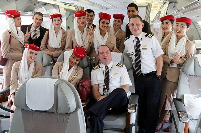 EK cabin & cockpit crew