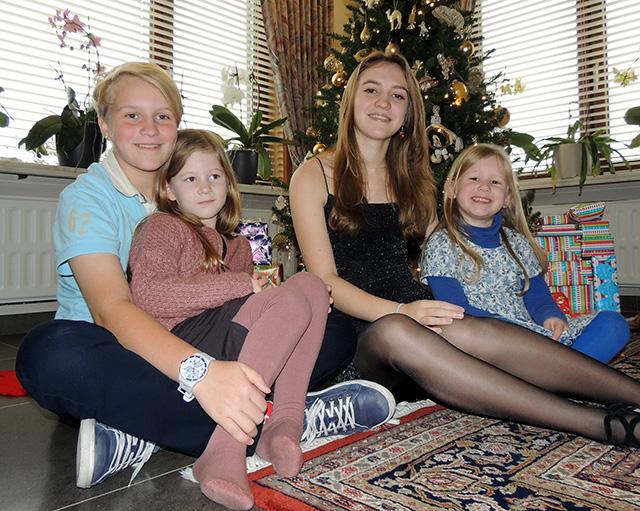 Roos, Febe, Sara en Maya