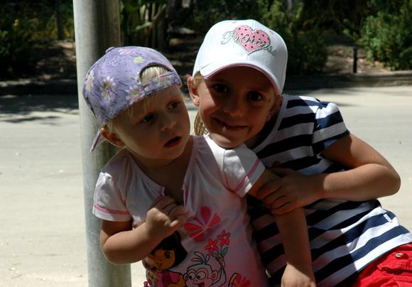 Roos en Sara in de LA Zoo