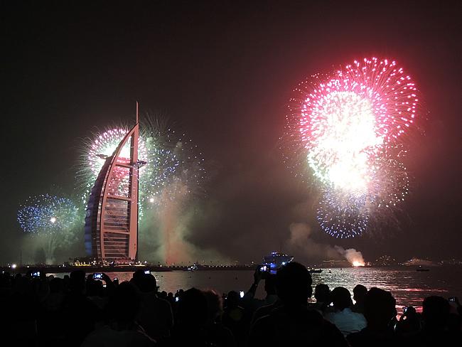 Burj Al Arab fireworks 2015