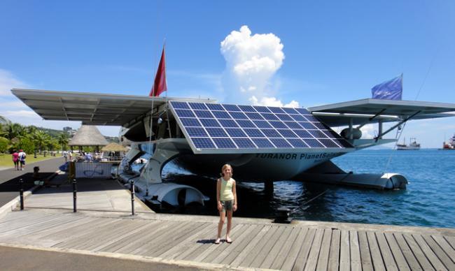 Achterkant PLanetSolar boot